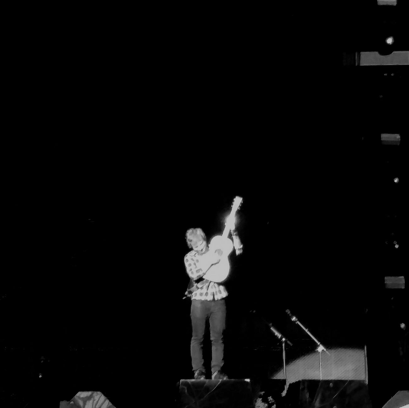 Edsheeranconcert Edatwembly Edsheeran Music Concert London Wembley Blackandwhite