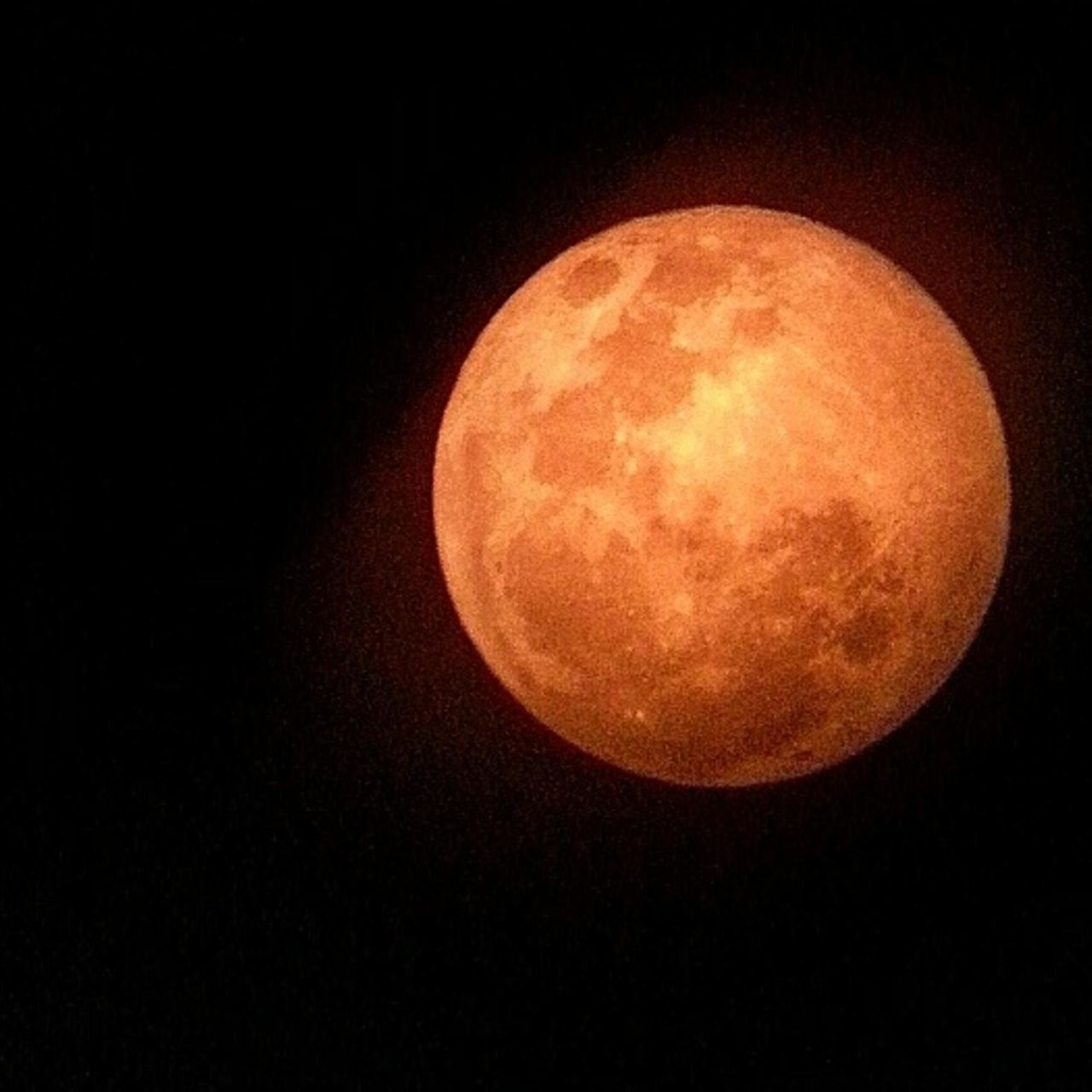 Astronomy Beauty In Nature Dark Discovery Fine Art Photography Let Me Show You How A Blood Moon Is. Moon Moon Surface Nature Nature Night No People Redmoon Sphere On The Way Capturing The Moment