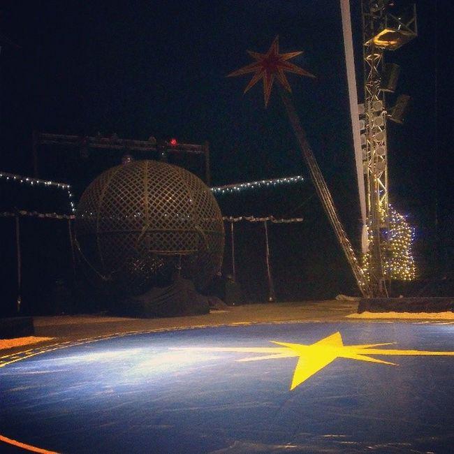 Bin mal eben im Zirkus. ;) #HeidelbergerWeihnachtscircus Heidelbergerweihnachtscircus