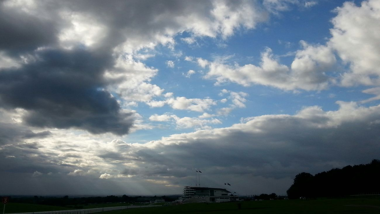 Epsom Downs Clouds Sky