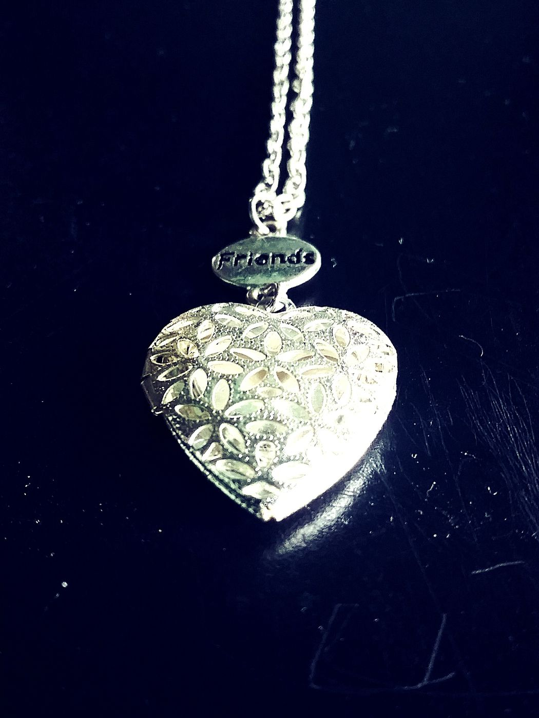 Showcase: February Friends ❤ Friend Ship Necklace Beautiful ♥ Heart That's Me Bestfriend ♥ My Best Photo✌ So Far Away So Far