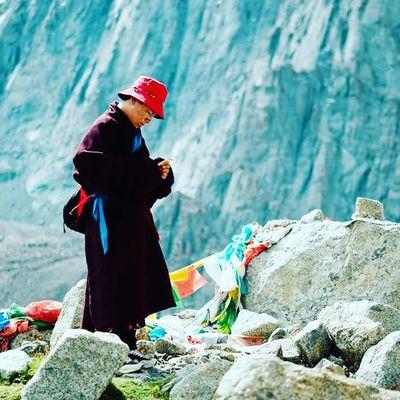 Monk testing Ipnone7 Buddha Tibet Nirvana Tibet Travel тибет Majestic