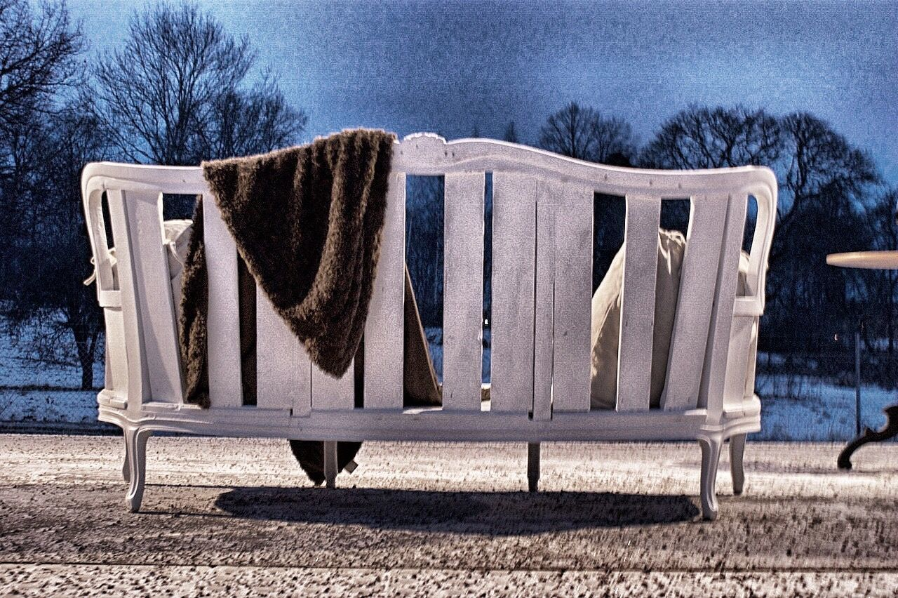 Sofa Train Station Outdoors Nightshot Wood - Material Rococo Old Garden Furniture Carpentry