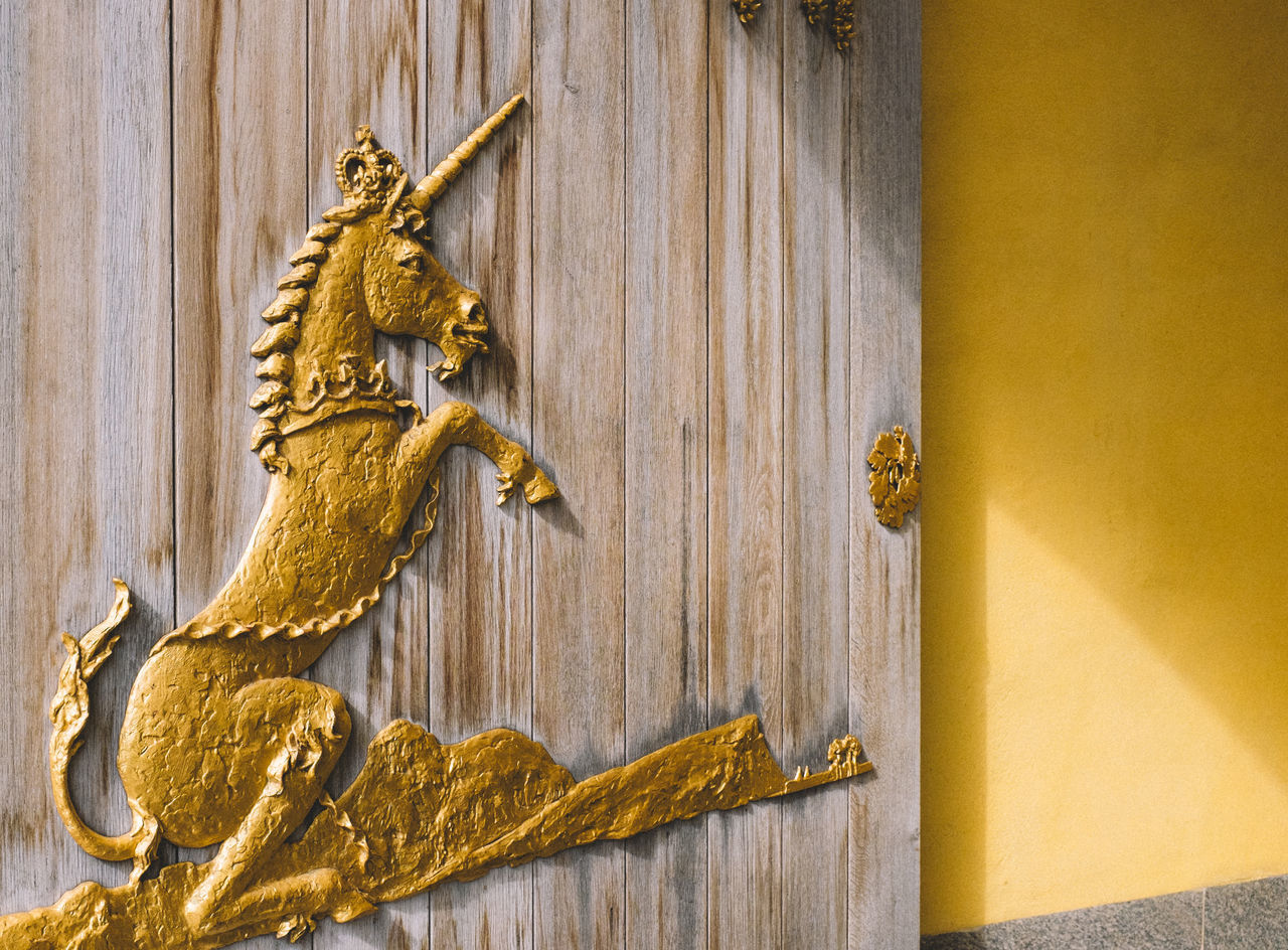 Golden unicorn Art And Craft Close-up Creativity Detail Door Edinburgh Eye Em Scotland Fuji X100s FUJIFILM X100S Full Frame Geometry Gold Golden Ideas Metal No People Old Ornate Pattern Queen's Gallery Rusty Scotland Still Life Streetphotography Textured  Unicorn Unicorns Unicornsarereal Wall Wood Wood - Material Wooden X100S Zoology