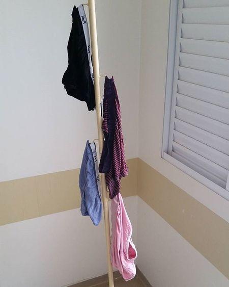 Aproveitando o clima natalino, já montei a árvore! Kkk Underwear Hospital Arvoredenatal