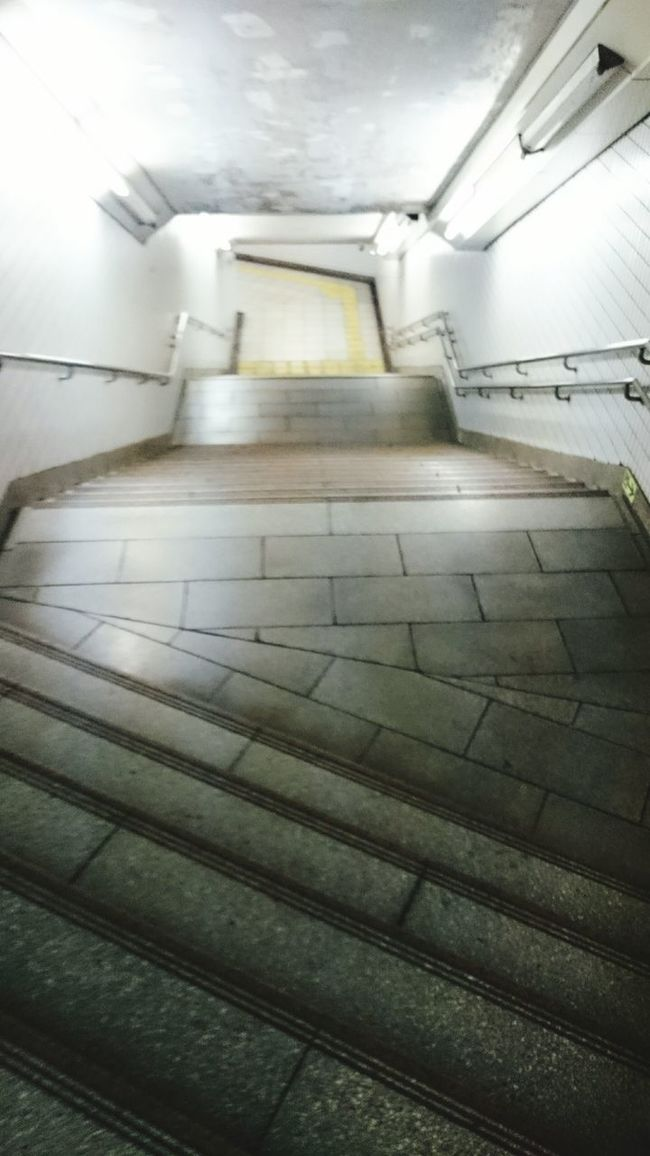 秋葉原 地下鉄への階段