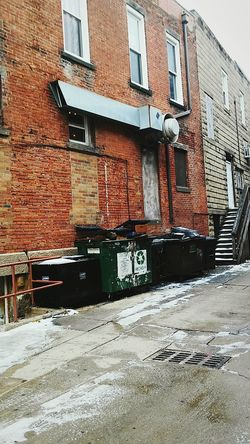 Building Exterior Architecture Day No People Bad Condition Brick BuildingCold Morning Historical Building Eyem Market Irwin Collection Wintertime Kent Ohio Outdoor Photography Historical Place DayTimePhotography Eyeem Photography snowy Alleyway Dumpsters Snow Covered EyeEm Gallery