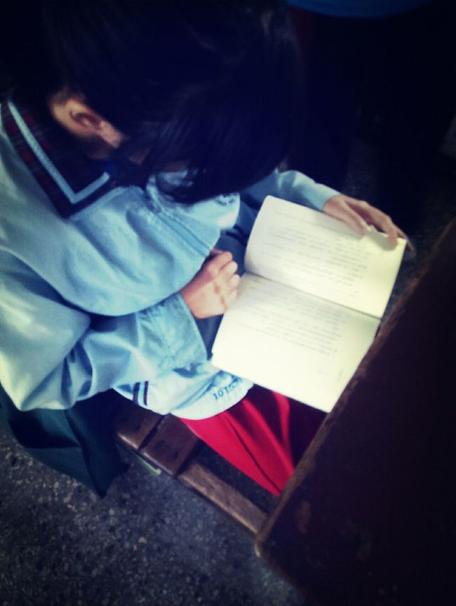Good Afternoon EyeEm*) Classmates Watching People Read A Book