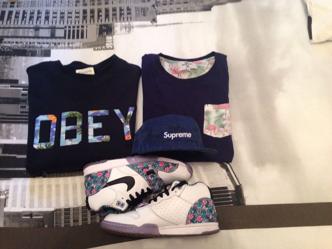 Going out...!! Supreme Nike OBEY Bellfield