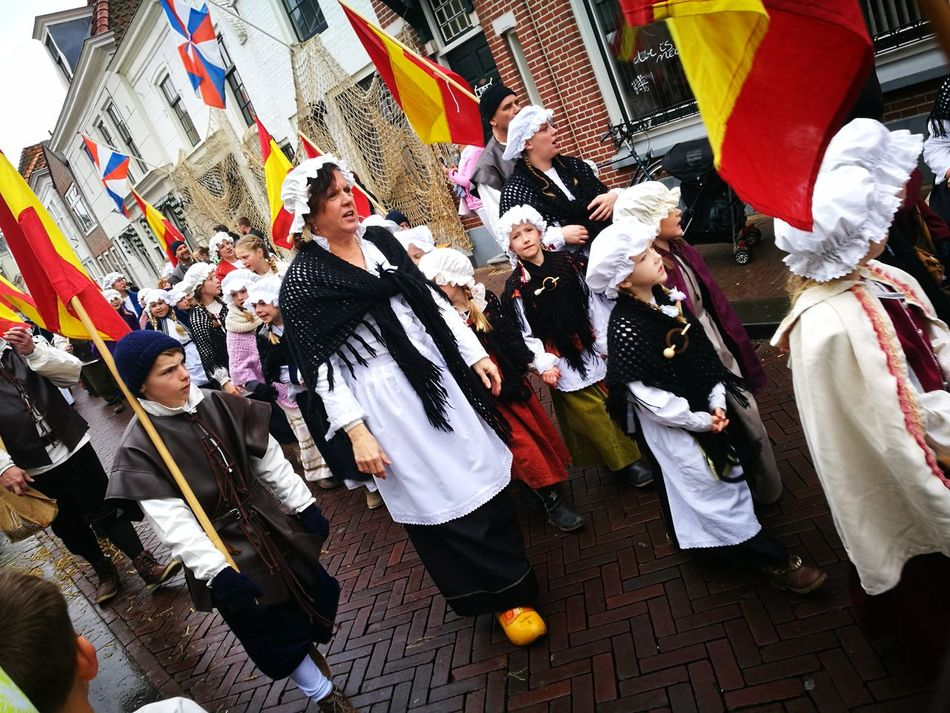 Women Happiness Large Group Of People Togetherness Performance Crowd Tourism Brielle Dutch History Event Celebration Old-fashioned