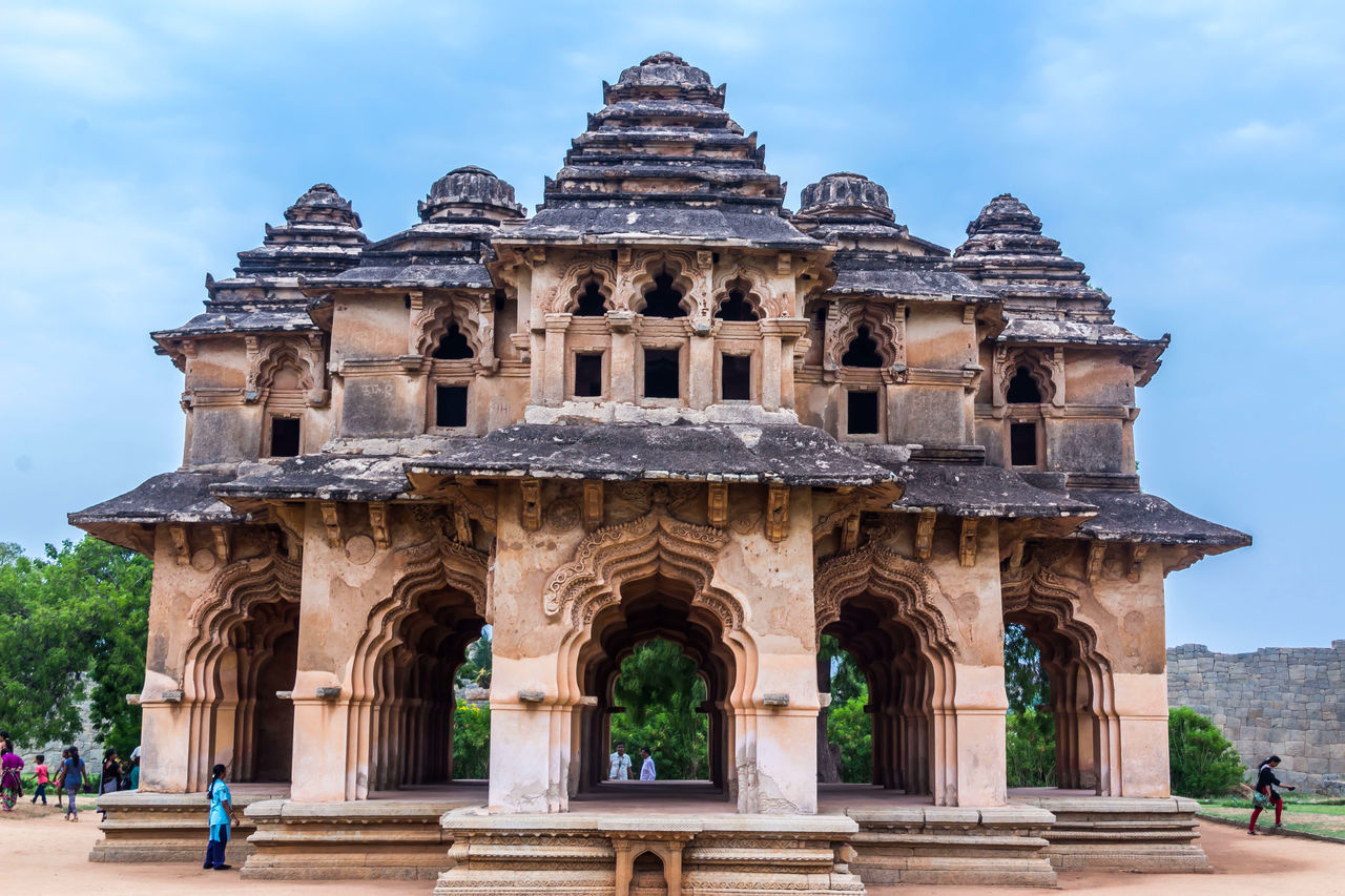 History Architecture Travel Destinations Ancient Old Ruin Tourism Travel Sky People Ancient Civilization Outdoors Day Royal Palace Queens Palace Lotus Mahal The Architect - 2017 EyeEm Awards Hampi