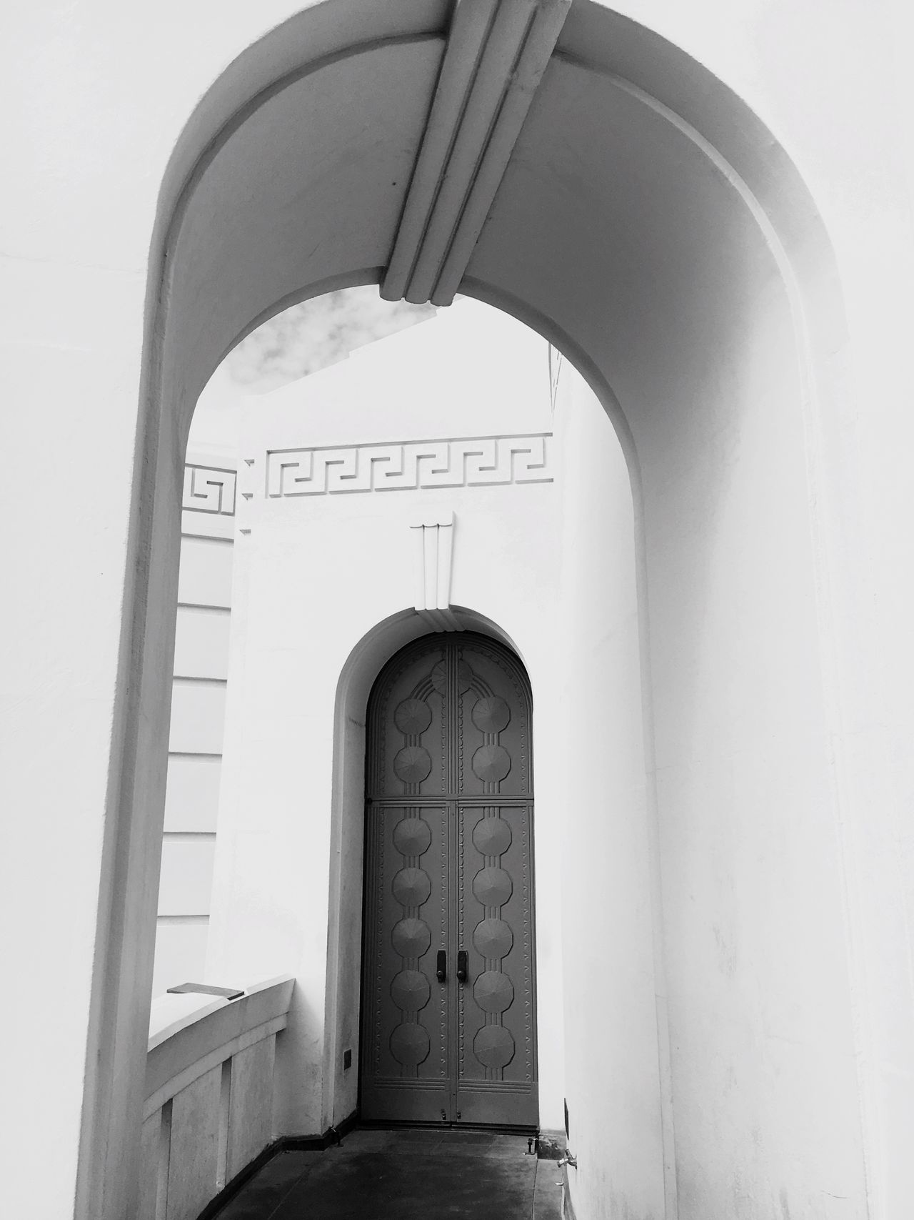Arch Architecture Built Structure Building Exterior No People Door Whitewashed Entrance Low Angle View Religion Day Spirituality Place Of Worship Outdoors Iconic Landmark La La Land Griffiths Observatory