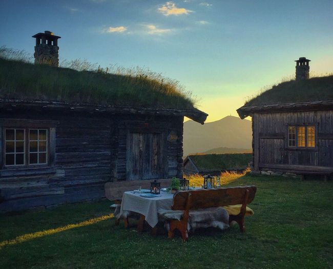 Dining in style Hidden Places Høvringen Rondanenasjonalpark Enjoying Life Visitnorway Norway Classic Norway Nature Photography Nature_collection Landscape_Collection The Great Outdoors - 2016 EyeEm Awards Enjoying Nature Rural Norway On The Way