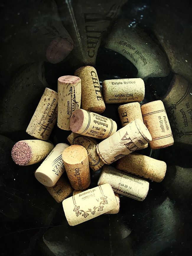 Red wine 🍷 Wine Cork Cork - Stopper Wine Bottle Drink Wine Large Group Of Objects Close-up Indoors  Glass Studio Shot Bottle Taking Pictures Things I Like EyeEm Best Shots Week On Eyeem EyeEm Gallery IPhoneography Hello World Check This Out Things I Love Uruguay EyeEm Relaxation Corkscrew Alcohol