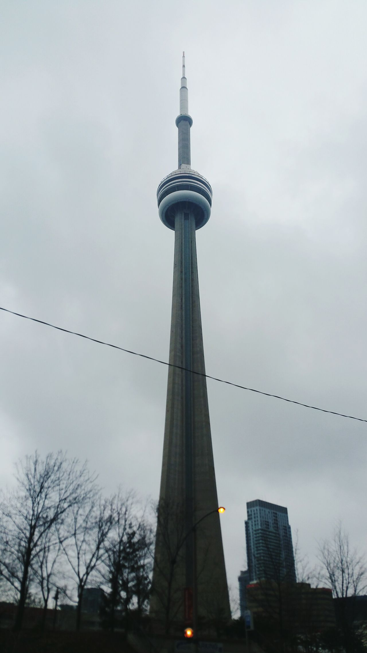Cntower Tower City Sky Outdoors Fog Architecture Toronto CN Tower - Toronto High Buildings Urban Landscape Foggy Weather Weather Foggy Morning Winter Evening Gloomy Weather