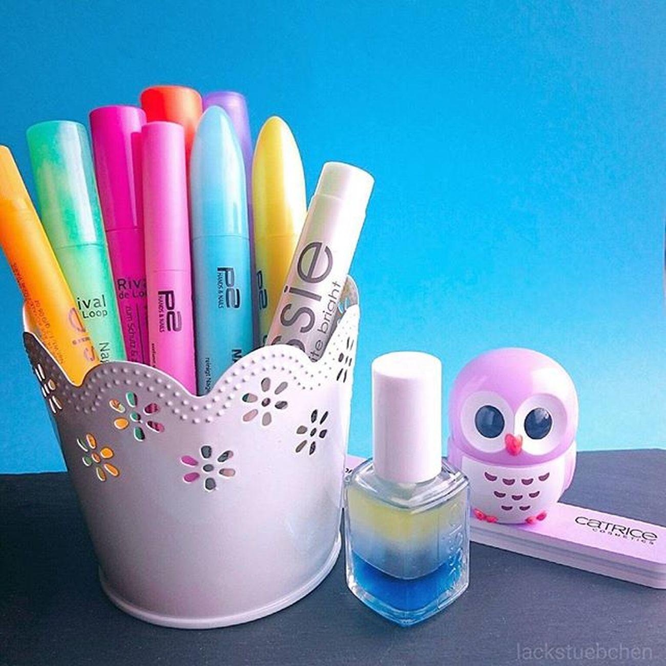 Hallöööchen 😘 Mit diesem Bild möchte ich bei der Aktion Einzigartigenägel von @dm_deutschland mitmachen 💅 ➡All diese Produkte helfen mir, meine Nägel für eine Maniküre vorzubereiten.