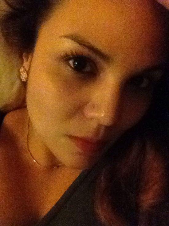 Me Face Woman Faces Of EyeEm Puertorriqueña Selfie ✌ Eyes Piercing Look Portrait Of A Woman