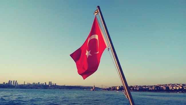 ıstanbul Istanbullovers Summer ☀ Ferry Cityscapes Kizkulesi Maidentower Turkishflag Enjoying Life