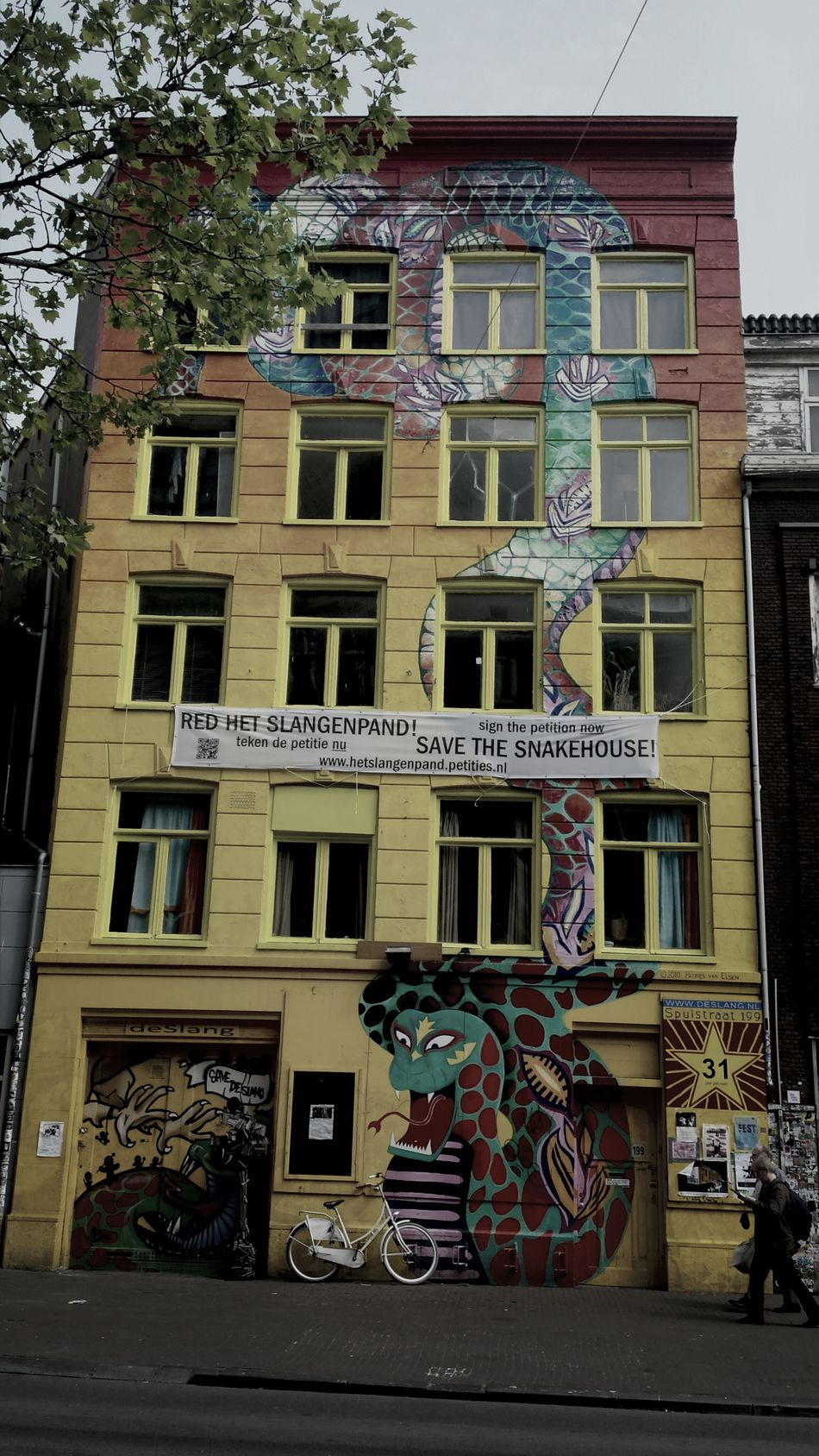Amsterdam Snake House Streetphotography Graffity