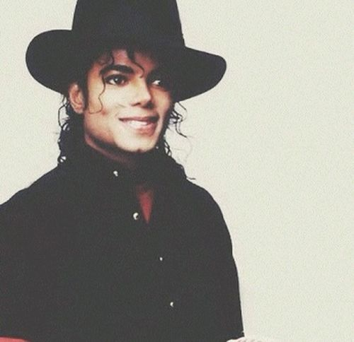 Michael Jackson i need u back :'c man in the mirror