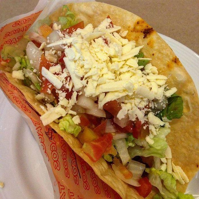 10/13/2015 Taco Tacosalad Lunch Itsnotthatcomplicated pancakehouse @pancakehouseph