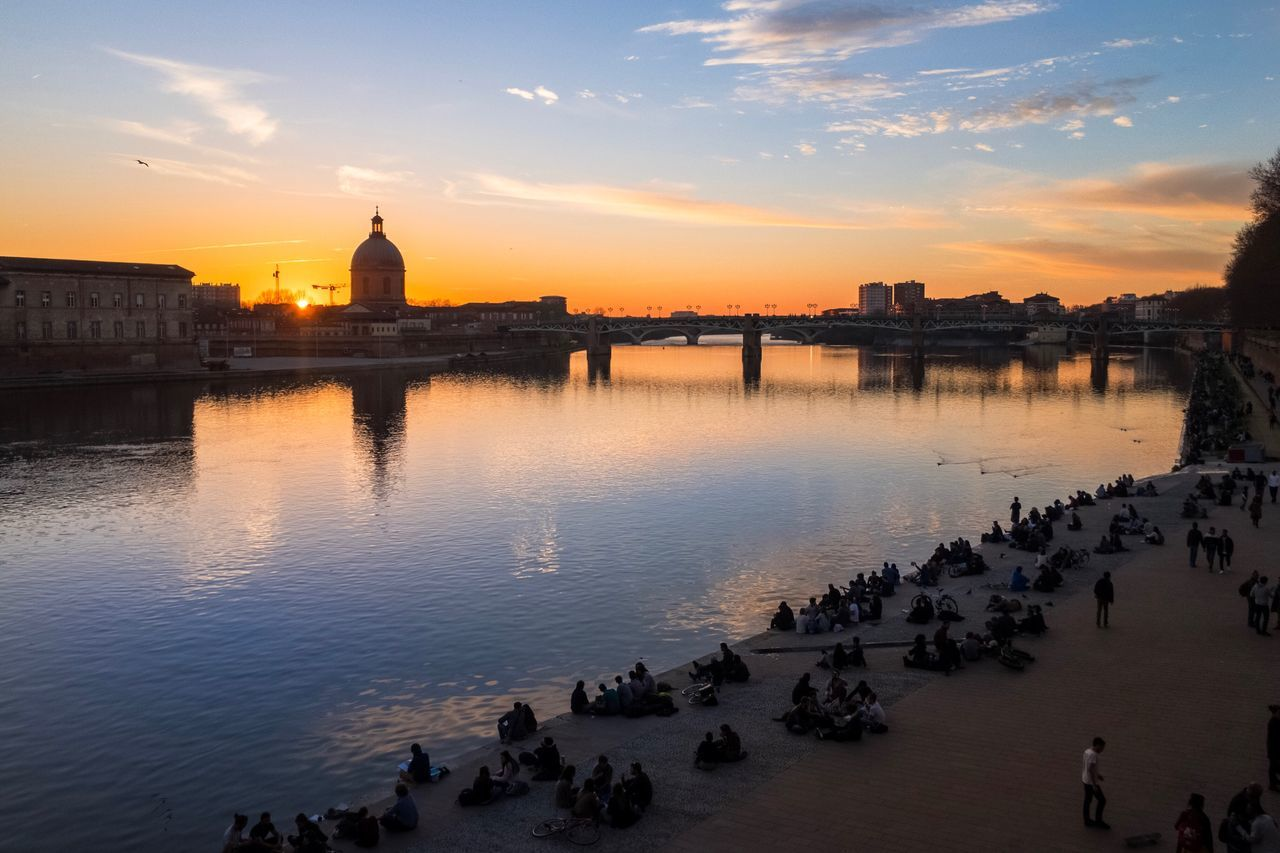 another sunset shot of Toulouse, River Garonne Toulouse Sunset Sunset_collection Cityscape Travel Photography Travel