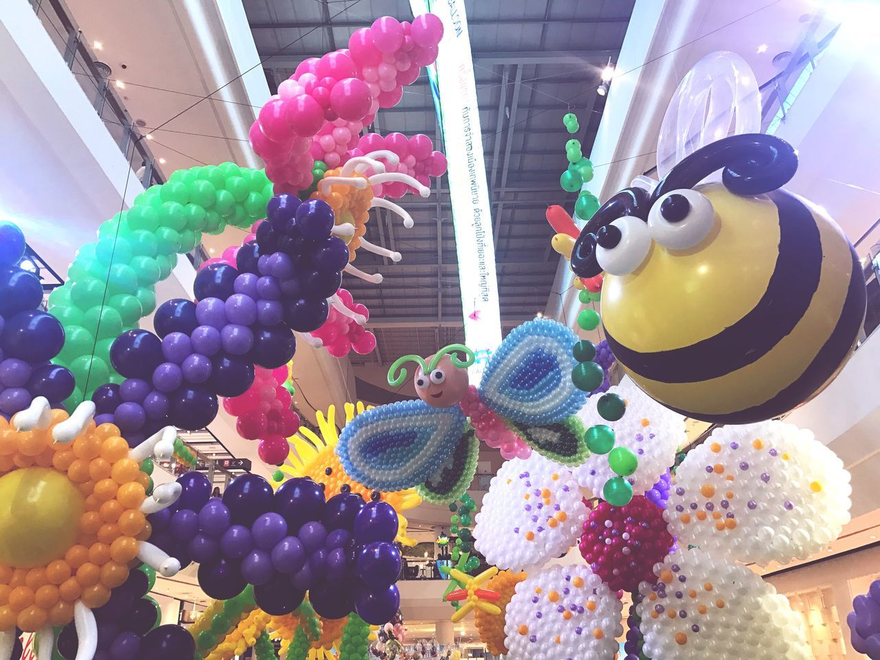 Multi Colored Balloon Vibrant Color No People Variation Celebration Large Group Of Objects Indoors  Helium Balloon Day