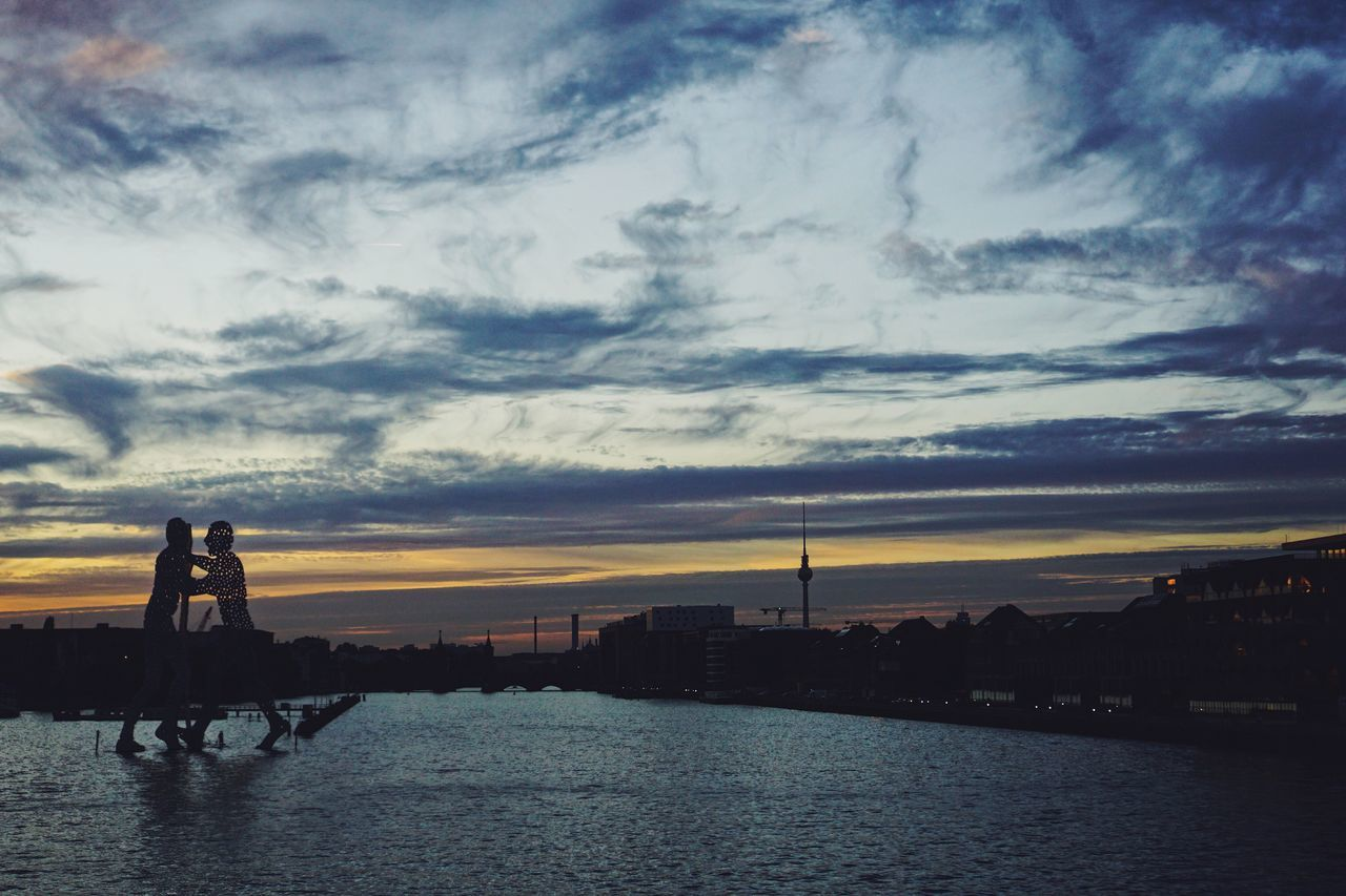 Cloud - Sky Sky Sunset Architecture Outdoors City Water Nature No People Day Berlin Cityscape City Life City Berlin Photography Real Photography Enjoying The View