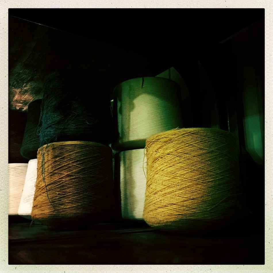Silk Road Bobine Green Hipstamatic HipstaOfTheDay Hipstography Hotel Inas1982 Industry Large Group Of Objects Silk Silk Road Silky Spools Of Thread Spule Stack White Wires Yellow