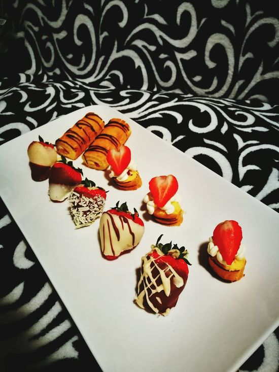 Strawberry Sweet Food Dessert Food 🍓strawberry Nice Evening Have A Nice Evening🌙💞 ❤️😍