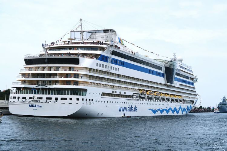Aida Mar cruises in Warnemuende during Hansesail event. Cruising ship. Aida Aidacruises Aidamar Boat Cruise Ship Day HanseSail Hansesail 2016 Harbor Harbor View Outdoors Rostock Rostock 2016 Rostocker Hafen Rostocker Stadthafen Sailing Sailing Boat Sailing Boats Sailing Ship Sky Warnemünde Water