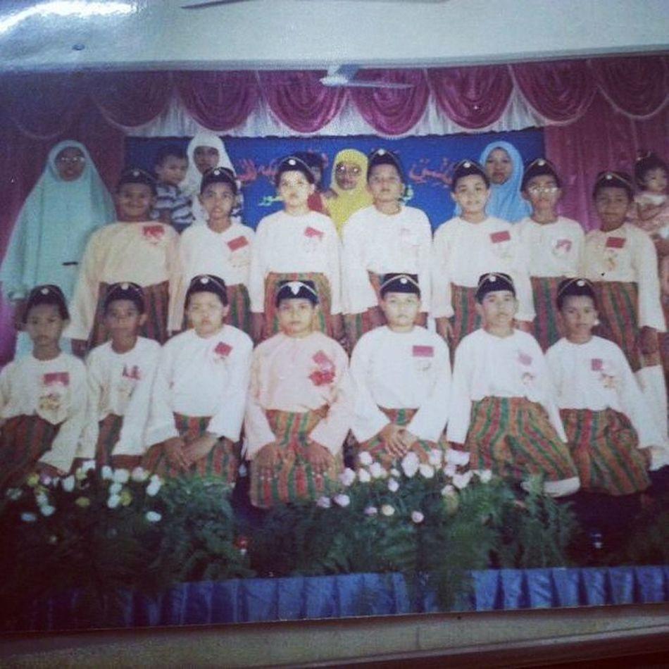 Find me!!! Hihihi Memories . Wheniwasyoung . Johan PreciousMoments Peringkatdaerah Nasyid Skpr Johor