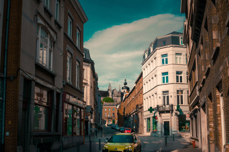 🌛Good night and nice day to all my friends 🌎! First picture of my new neighborhood. Right at the foot of a cathedral and the unesco belfry! Architecture Street City Cityscape Building Exterior Travel Destinations Built Structure Sky Best Shots EyeEm EyeEm Gallery EyeEmNewHere Neighborhood Map Exceptional Photographs The Week Of Eyeem First Eyeem Photo The Street Photographer - 2017 EyeEm Awards Cityscape Scenics Urban Exploration Eye4photography  Belgium Transportation The Architect - 2017 EyeEm Awards Simple Quiet Love From My Point Of View The Great Outdoors - 2017 EyeEm Awards The Photojournalist - 2017 EyeEm Awards BYOPaper! Live For The Story The Portraitist - 2017 EyeEm Awards Place Of Heart EyeEm Selects