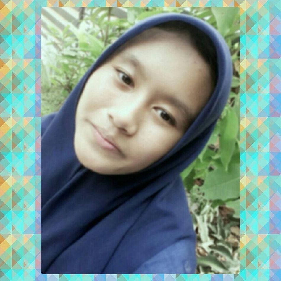 Hahaha😂😂 First Eyeem Photo Blur Latepost ✌ Photo Like4like Love Blue Abaikan Likeit Loveit