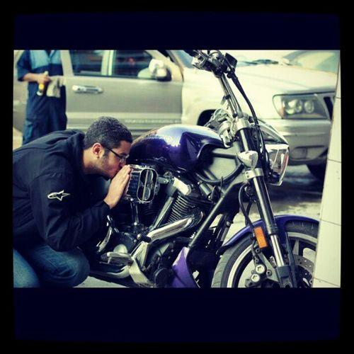 A long love story behind this kiss YamahaWarrior1700 InstaYamaha BikerBoy Instame Motorcycle Bikes InstaMotorcycles ♥♥♥♥♥♥