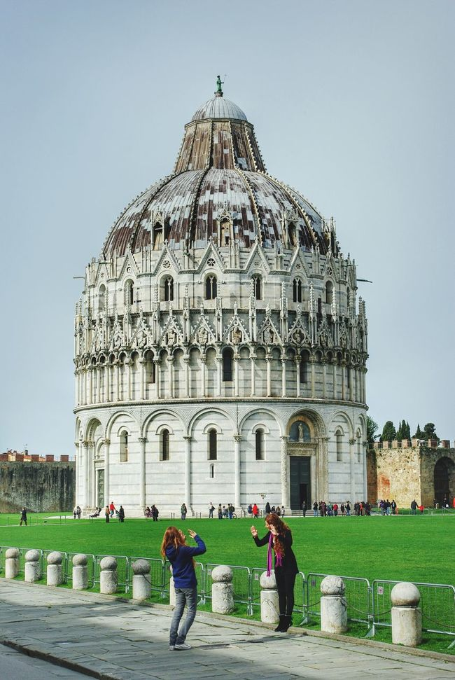 The Tourist Piazza Dei Miracoli Pisa Funny girls rescuing Pisa tower ☺