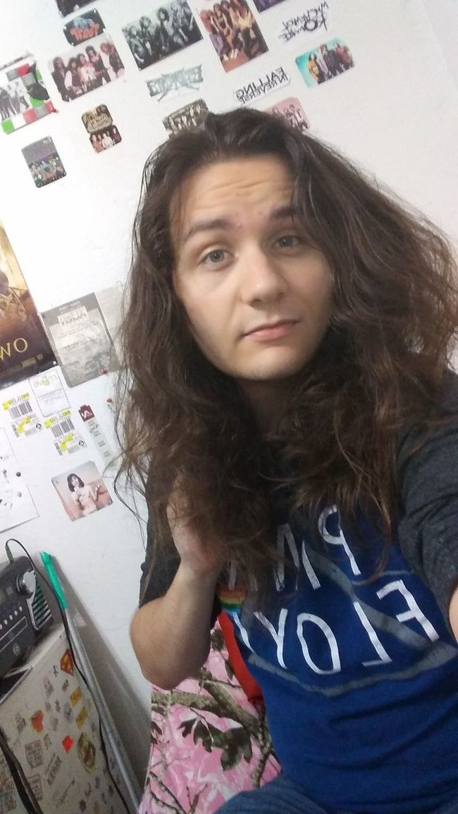 Selfie Long Hair Young Adult Casual Clothing Person Longhairedguys Pretty Messy Hair Messyhair Messy Hair Dont Care