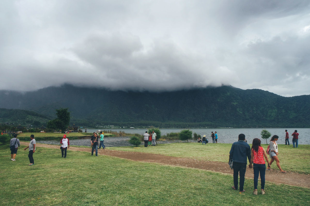 Nature Cloud - Sky Horizontal Large Group Of People Outdoors Storm Cloud Lake Lakeside Lakeview Bali Bedugul Cloudy Cloudy Day Cloudy Sky Travel Tourist Tourist Attraction  Destination
