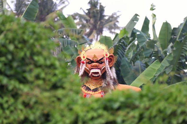 Ogoh-ogoh Nyepi Gianyar Bali, Indonesia Ngintip