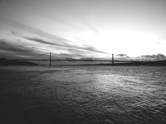 Connected Bridge Ponte Connectingpeople Nightphotography