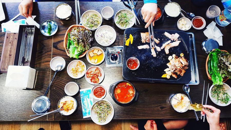 Having some of the Jeju Island famous black pig Jejuisland Jeju Jeju-do Foodporn Foodie Koreanfood Korea Blackpig The Photojournalist - 2016 EyeEm Awards Colors And Patterns Travel Destinations Lifestyles Food And Drink Foodphotography Flatlay ShareTheMeal