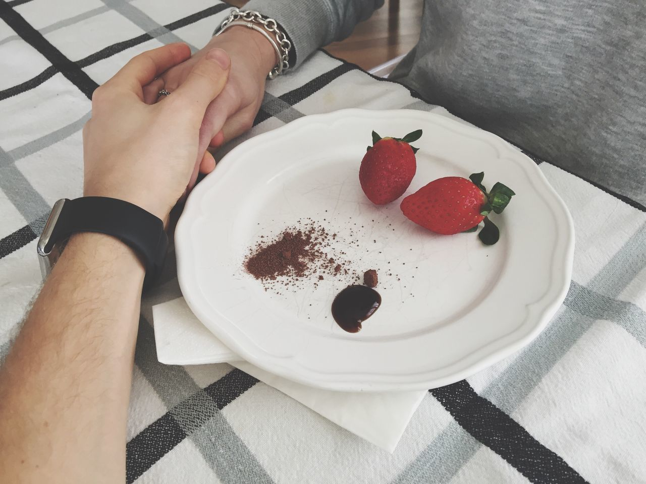Love you Love Iloveyou Fragole Strawberry Dish Table Eating Acetobalsamico Italia Hand