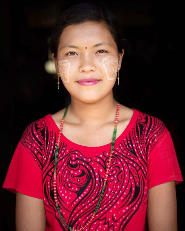 Portrait Front View Red Looking At Camera Studio Shot Child One Person People Confidence  Smiling One Woman Only Real People Only Women Cheerful One Young Woman Only Night Black Background Young Adult Adult Close-up Myanmar Burmese Faces Thanaka The Portraitist - 2017 EyeEm Awards