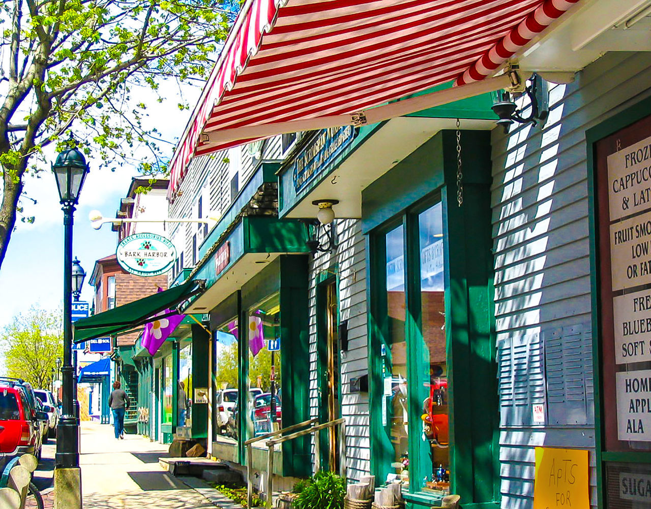 Architecture Bar Harbor, Building Exterior Built Structure Charming Shanghai Charming Shopes City Day Main No People Outdoors Patriotism Residential Building Small Town Sprigtimeswaggar Travel Destinations