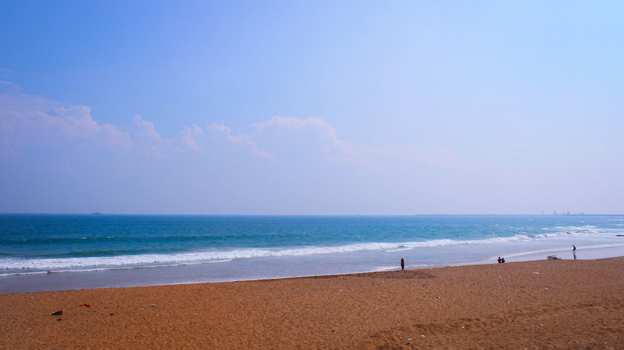 R.K. Beach, Visakhapatnam, India VisakhapatnamDiaries Beachphotography Beach Life Beachlovers Beach View BEACH!  Sand Beach Bluewaters Canon700D Canonphotography