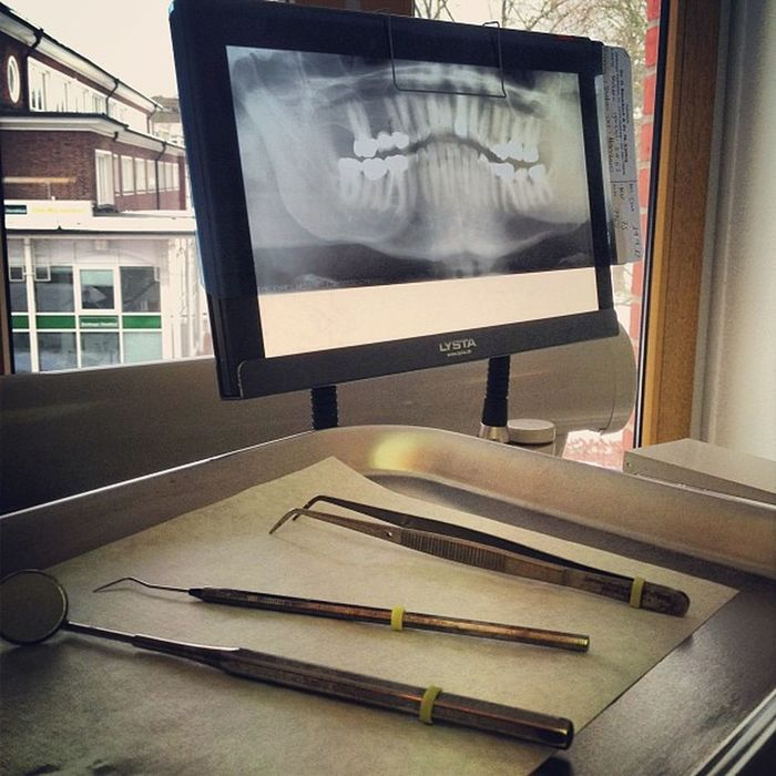 At The Dentist - Shut Up And Open Wide! :D Dentist Zahnarzt Tooth Teeth toothache x-ray