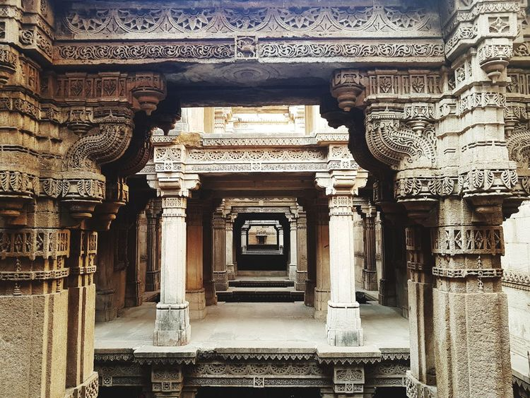 Architecture Built Structure History Indoors  Architectural Column No People Day Bas Relief Adalaj Mumbai Travel India Adalajstepwell EyeEmNewHere Tranquility Ancient Civilization Architecture Carving - Craft Product Carving Travel Destinations Stepwell Connected By Travel Rethink Things