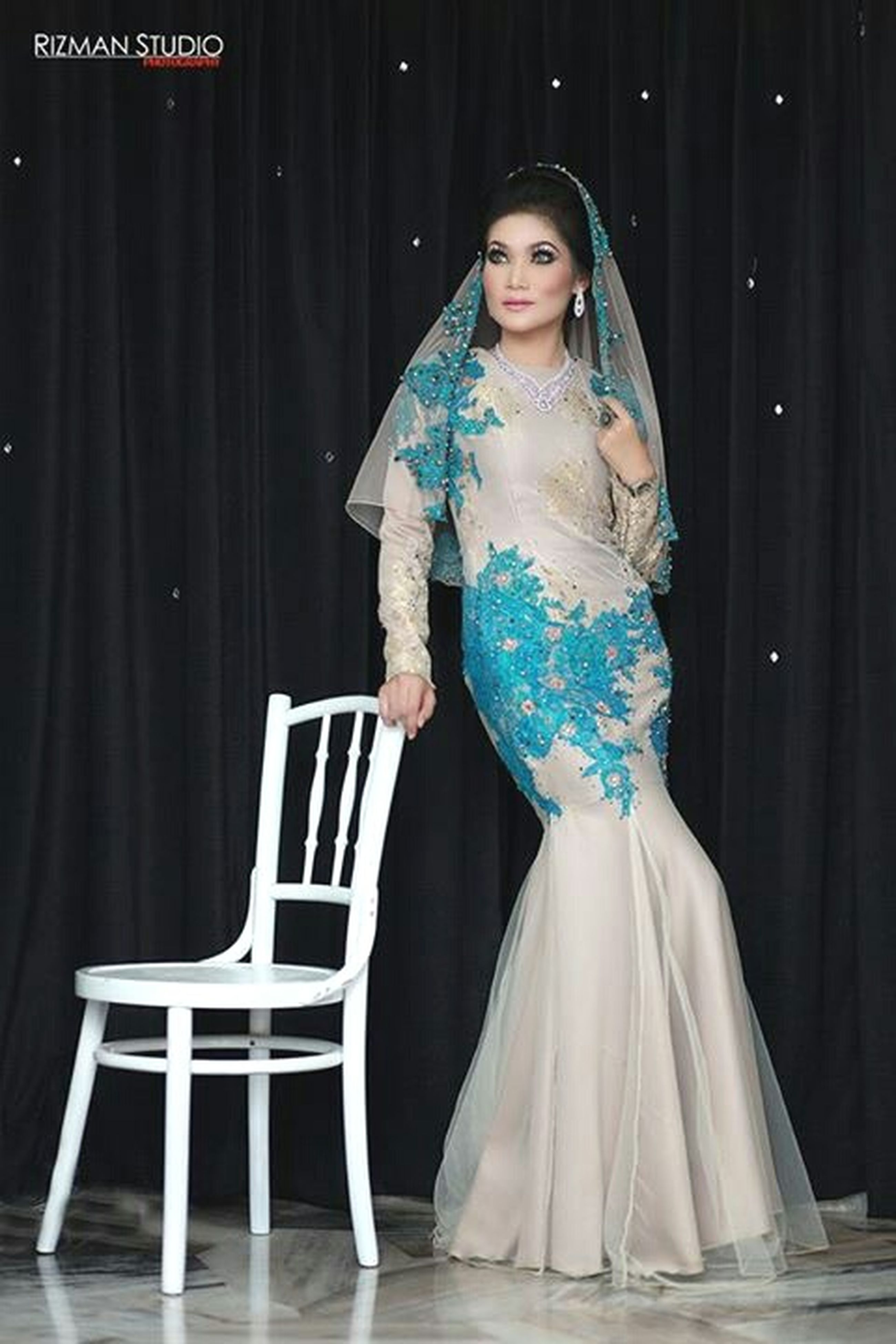 full length, one person, one woman only, people, adults only, only women, adult, arts culture and entertainment, young adult, one young woman only, evening gown, indoors, period costume