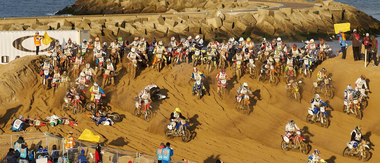 Chaos Beach Crowd Day High Angle View Large Group Of People Motorcycles Outdoors People Race Real People RedBull RedbullEvents Sand