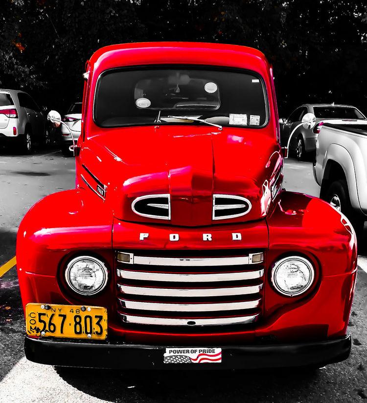 Very nice wheels.!! Ford Truck Streetphotography Eye4photograghy Custom Trucks